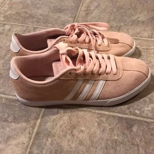 Adidas NEO pink courtset sneakers  Size 8.5